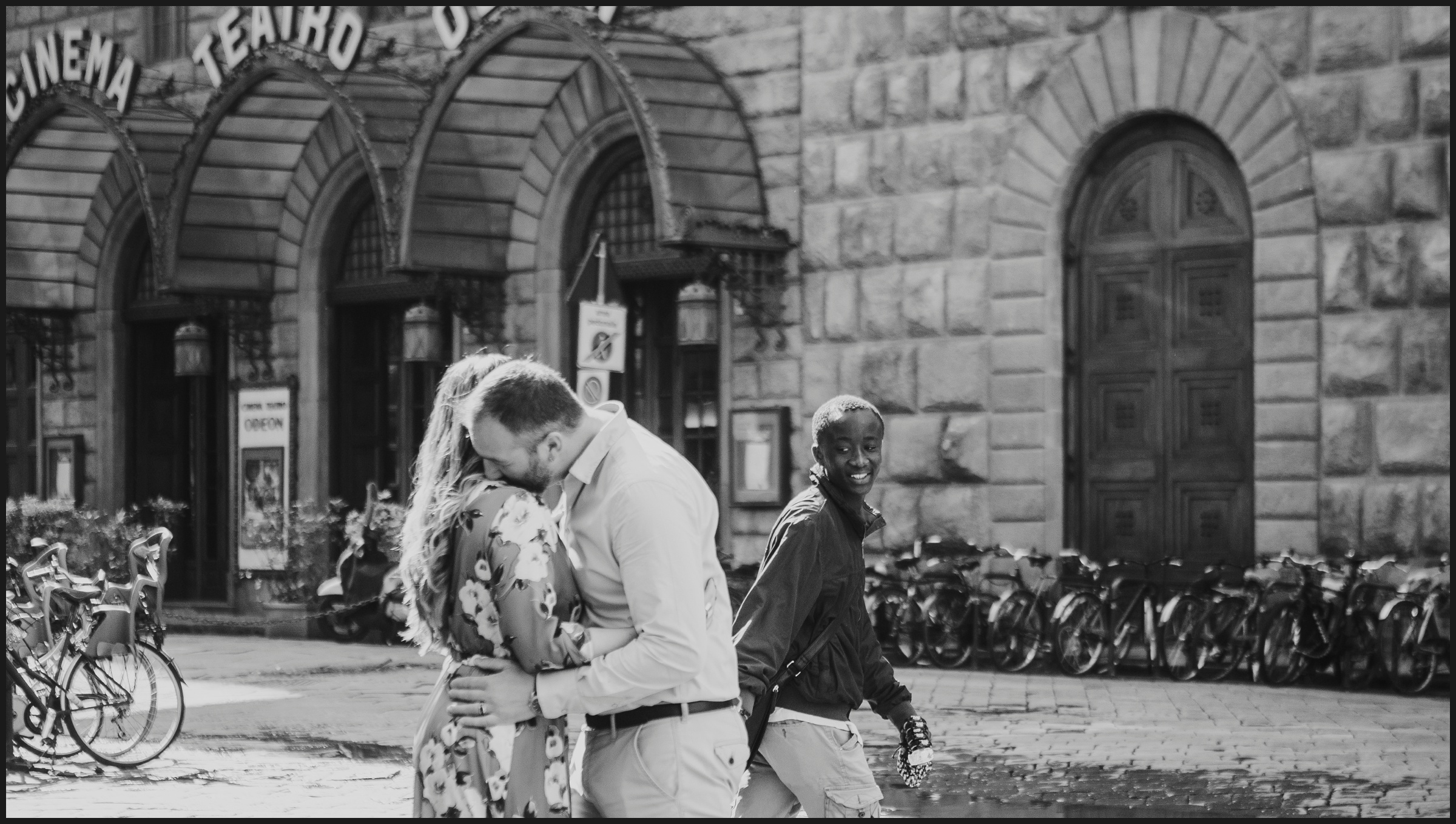 funny moment during an engagement session in Florence