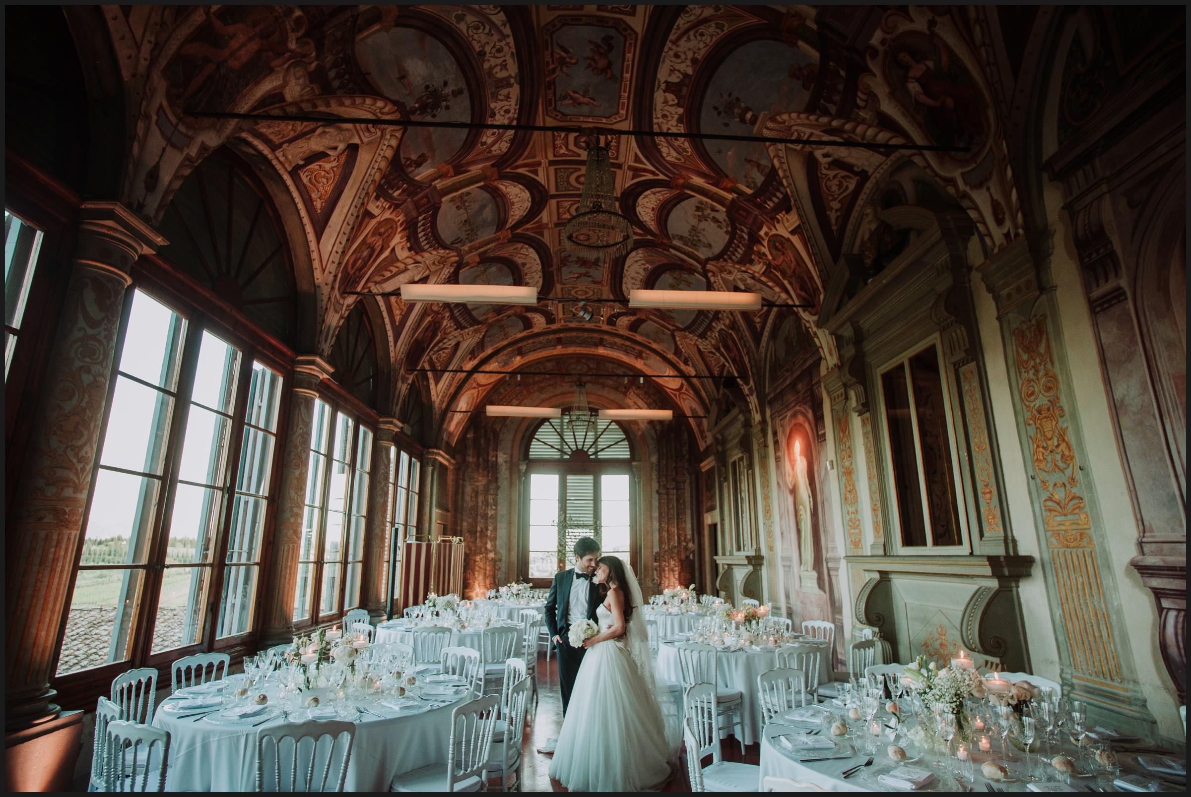 bride and groom in Villa Corsini