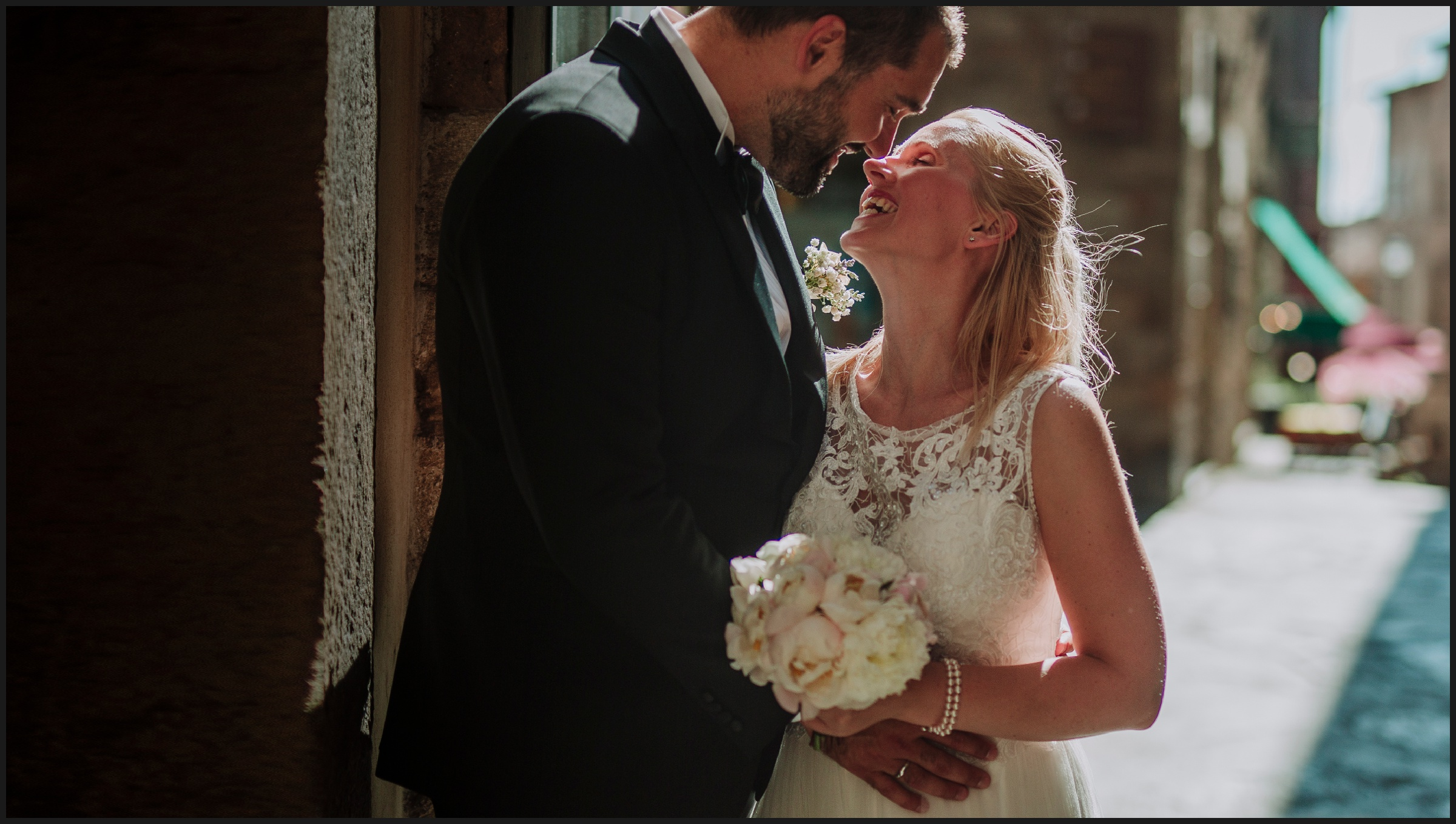 elopement wedding in Volterra