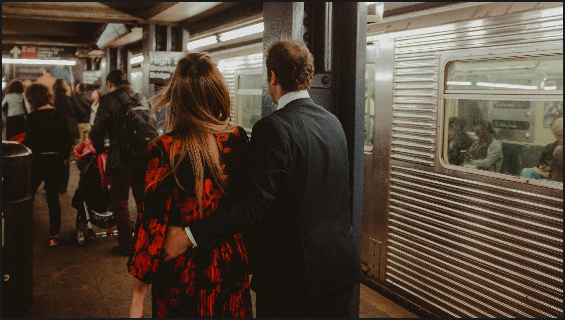 engagement photos inside a new york subway