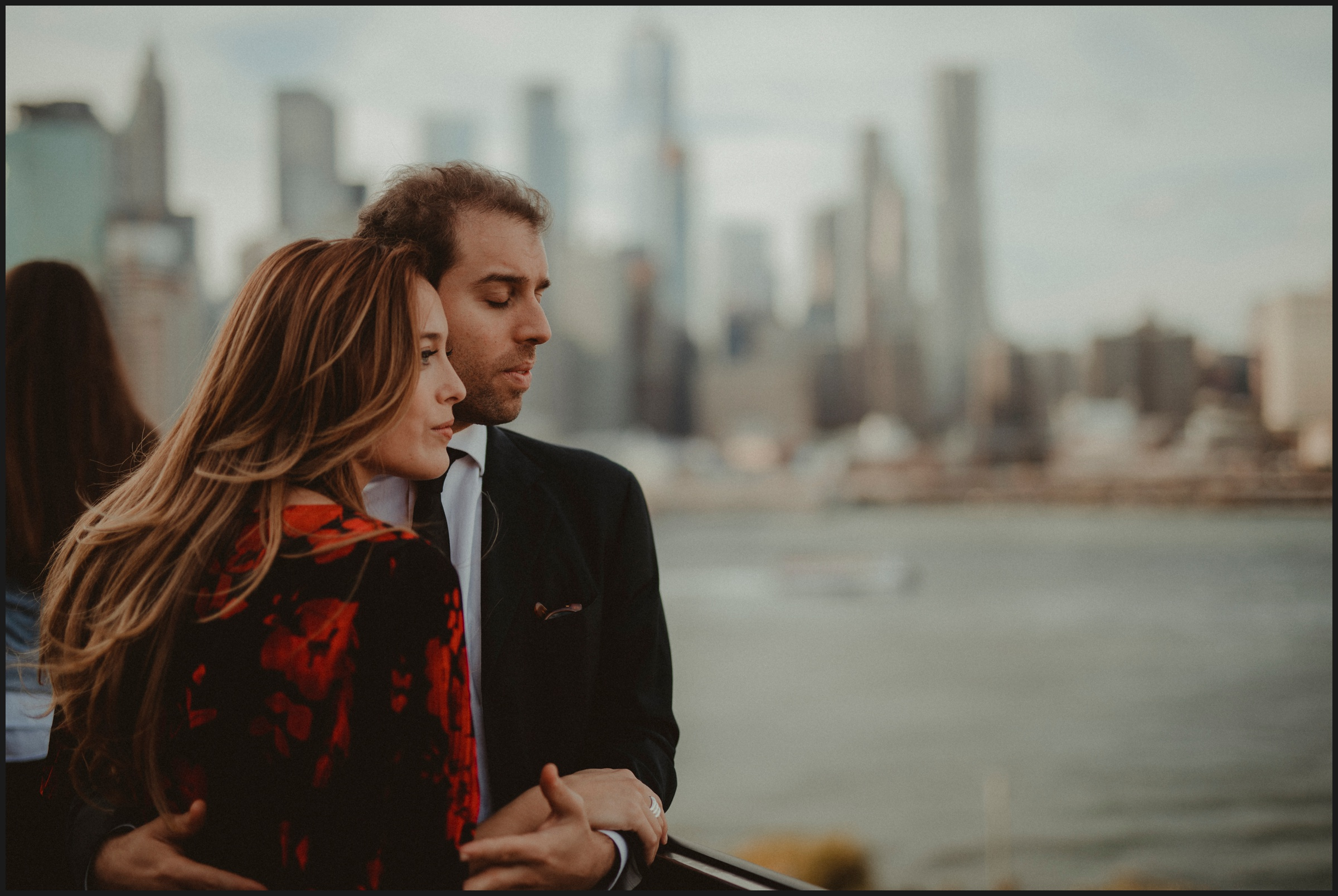 engagement session in a Rooftop of Brooklyn